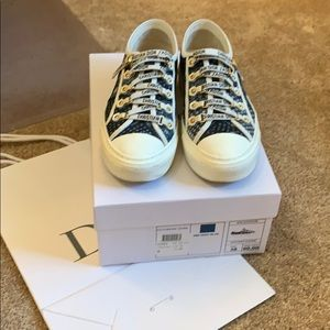 Excellent used condition Christian Dior sneaker